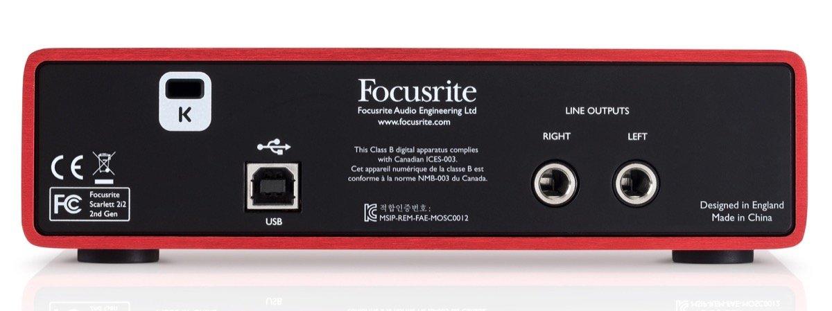 focusrite_scarlett_audio_intrface_back